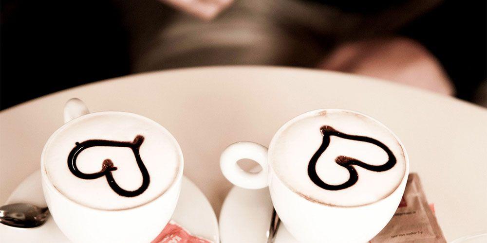カフェでお茶デート