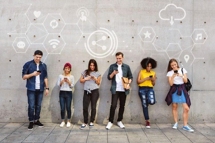 本格的にマッチングアプリを利用する若者グループ